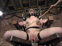What a severe device bondage BDSM porn this is! Claire Adams gets seated on it and her tits are being pumped, while her twat is being poked!