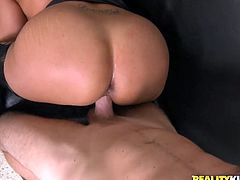 A fuckin' slutty brunette sucks on a hard dick and then gets it shoved balls deep into her fuckin' wet-ass gash, check it out!