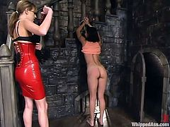 Pick your jaw up and enjoy this amazing femdom scene with Wenona, who is going cruel on her sexy slave Audrey Leigh! It's gonna be fad!