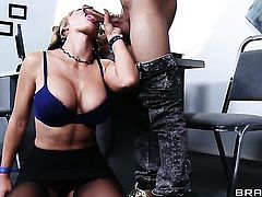 Wrexxx Kidneys wants to bang completely cute Nikki Sexxs backdoor forever