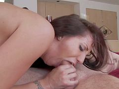 Kelly Divine is a curvy hot woman that loves hardcore sex so much. This big breasted porn diva exposes her thick bubble ass as she bounces on cock. Watch asslicious woman take it up her vagina.