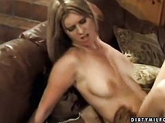 Blonde hussy makes dude happy by blowing his sturdy sausage