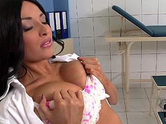 Anissa Kate is a proprietress of goddess like beauty. Her body is perfectly shaped. Her boobs are tempting and mouth-watering. Anissa Kate caresses herself in spicy solo masturbation sex video. Must watch clip.