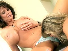 That's how lesbian milfs enjoy their time! Ladies are naked and nothing else, but each other's twats, are needed! Amazing porn!
