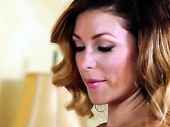 Heather Vandeven is totally naked and plays with her beaver non-stop