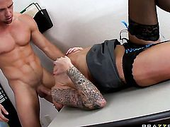 Juelz Ventura is good on her way to satisfy her hard dicked bang buddy Johnny Castle