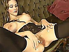 Michelle Monroe Pounded By A Fucking Machine