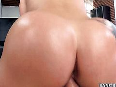Dayna Vendetta with juicy ass and bald snatch polishes lucky dudes stiff schlong with her lips