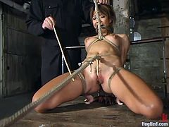 This amazing and sassy siren Keeani Lei is making her man do some nasty things with her. He ties her up and sticks a hook in her asshole.