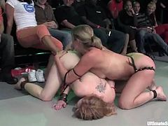 These kinky girls fight in Ultimate Surrender battle being naked. They show great wrestling skills despite the fact that they are just porn stars.