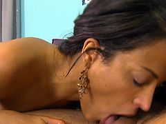 Layla Sin having amazing pleasures