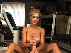Astounding milf with superb forms Brandi Love enjoys riding the fucking machine