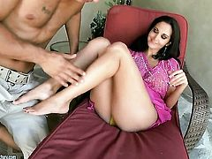 Brunette Ava Addams gets face drilled