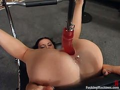 This kinky and smoking hot babe Elizabeth does care about a machine penetration! She gets that huge toy deep in her twat and it makes her moan so fucking loud!