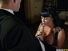 Kerry Louise is absolutely one of a kind! She has a nice pair of big boobs and a big round ass. Dirty-minded chick knows how to treat a dick! She sucks her lover's cock passionately. Then he fucks her muff in missionary position making her big tits shake from side to side.