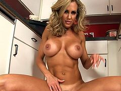 Insolent milf Brandi Love amazes with her unique and exclusive solo masturbation show