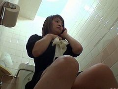 Amateur Japanese plays cunt in bathroom without her knowing that there are hidden cameras watching her. Soon, she spurts out her tasty pussy juice just for us.