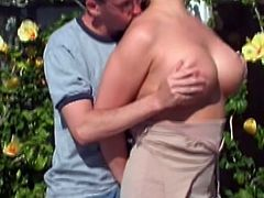 Curvaceous chick in glasses sucks big dick standing on her knees. After that she strops her clothes off and gets fucked hard in a backyard.
