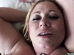 Manuel Ferrara admires juicy Samantha Andersons body before she takes his sausage in her beaver