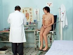 Young Nina loves exposing her fresh pussy to her doc during naughty gyno exam