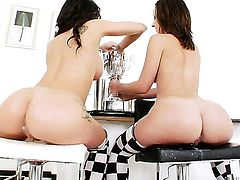 Amy Brooke wants this lesbian fuck session with horny Jayda Stevens to last forever