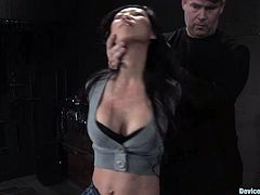 Gorgeous Asian chick Tia Ling shows what a nasty girl she is. She lets some guy tie her up and enjoys being hanged up in BDSM clip.