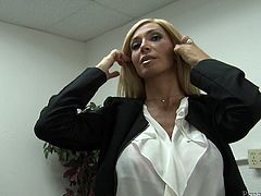 Zoey Portland the busty office chick makes solo show at work place. She takes the clothes off to show her amazing boobies.