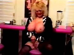 Nice masturbation action from this mature amateur who has put on her finest lingerie, her Sunday best if you will, and she is ready to go