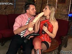 Watch the beautiful blonde Daria Glower playing with her dildos while having her sex with her man as well.