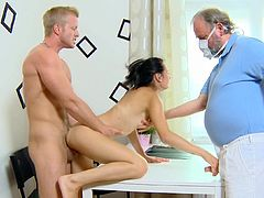 Lora and two doctors are making a nice threesome