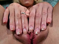 Have fun jerking off to this hot solo scene where the horny blonde Summer Breeze playing with her pink wet pussy.