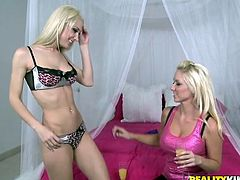 Here are these two smoking hot and luxury blond angels! They are going for each other's cunts and it's going to be so hot to watch!
