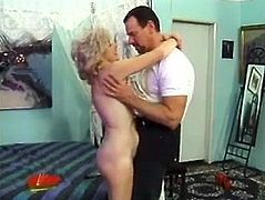 Mature amateur woman with blonde hair gets her vagina licked. Later on she gets fucked in doggystyle and sideways positions.