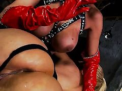 Blonde shows off body parts as she gets her wet spot eaten by Puma Swede in girl-on-girl action