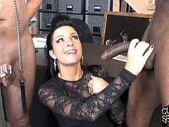 Cuckold Sessions brings you a hell of an interracial free porn video where you can see how the alluring brunette Tori Lux gets fucked by a black stud in front of her slave.