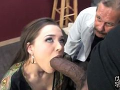 Cuckold Sessions brings you a hell of a free porn video where you can see how the alluring brunette temptress Tiffany Star enjoys a black cock in front of her man.