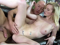 Will Powers lets Skylar Green suck his dick and fucks her doggy style