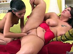 These bodacious lesbians know how to spend their free time with pleasure. Skinny brunette fists her girlfriend's fat pussy tenderly and sensually.