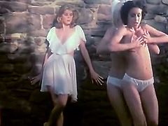 The Classic Porn brings you a spectacular free porn video where you can see how a vintage blonde and brunette go lesbo in the garden while assuming some very hot poses.