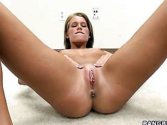 Aiden Aspen spends her sexual energy with guys hard tool in her pussy hole