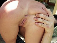 Curvaceous blonde in high boots plays with her pussy in a garden. Then she gives blowjob & handjob combo and gets fucked on a couch. Leya also gets her pretty face cum covered.
