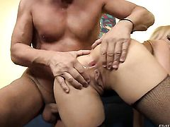 Christoph Clark gets seduced by Aleska Diamond and then pounds her back yard before blowjob