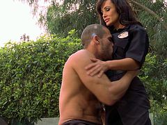 Have a look at this hardcore scene where the sexy officer Lisa Ann sucks on this guy's big cock outdoors before he eats her out and fucks her silly.