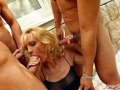 That's a hardcore gangbang for a sizzling mature blond lady Silvya! She loves sucking them all and she gets a flash back to the good old perverted times.