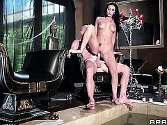 Johnny Sins buries his sturdy meat stick in nasty Amber Coxs mouth