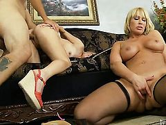 David Loso makes his erect ram rod disappear in incredibly hot Valerie Whites mouth