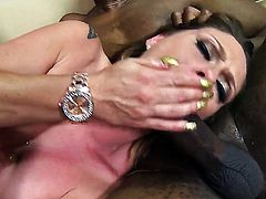 Scarlett Wild gets painted with man goo after sex with horny guy