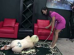 Misstress And Her Feet Slave