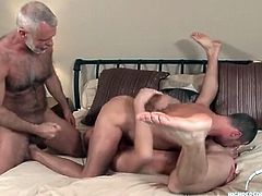 Two mature hotties and a young stud suck dicks