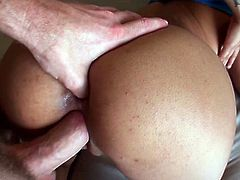 Have fun jerking off and busting a nut to this hardcore scene where the smoking hot babe Gulliana Alexis sucks on this guy's big cock before being fucked silly.